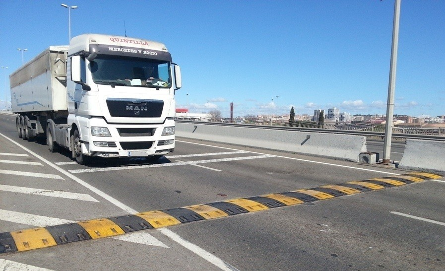 badenes reductores de velocidad puerto tarragona 940 1 1