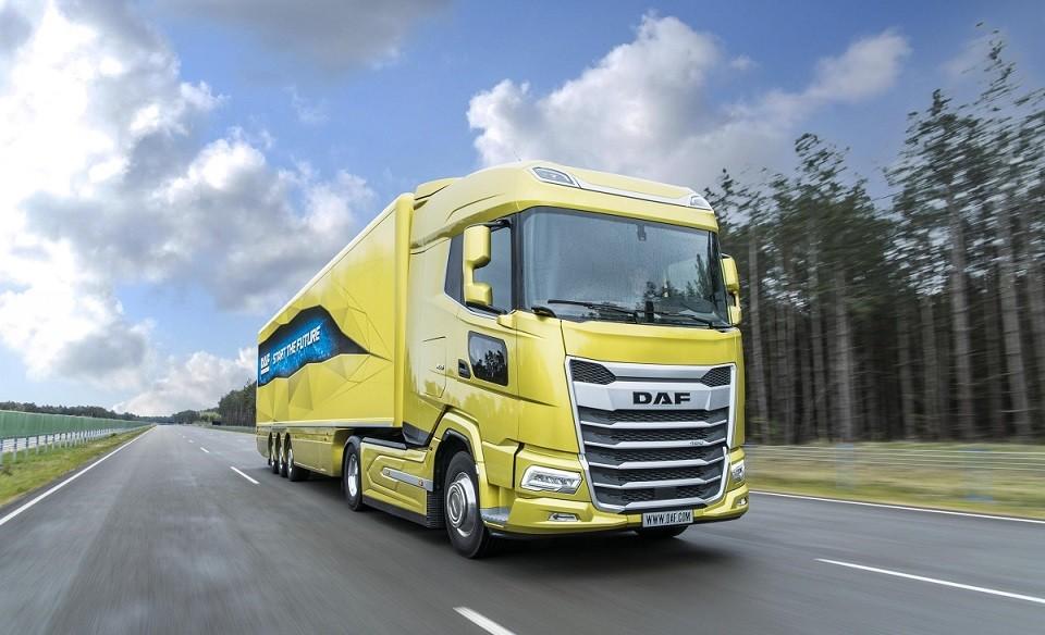 01 New Generation DAF XG truck is textbook example of great aerodynamics