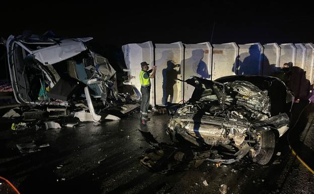 camion accidente kenD U140689492467qV 624x385@La Verdad