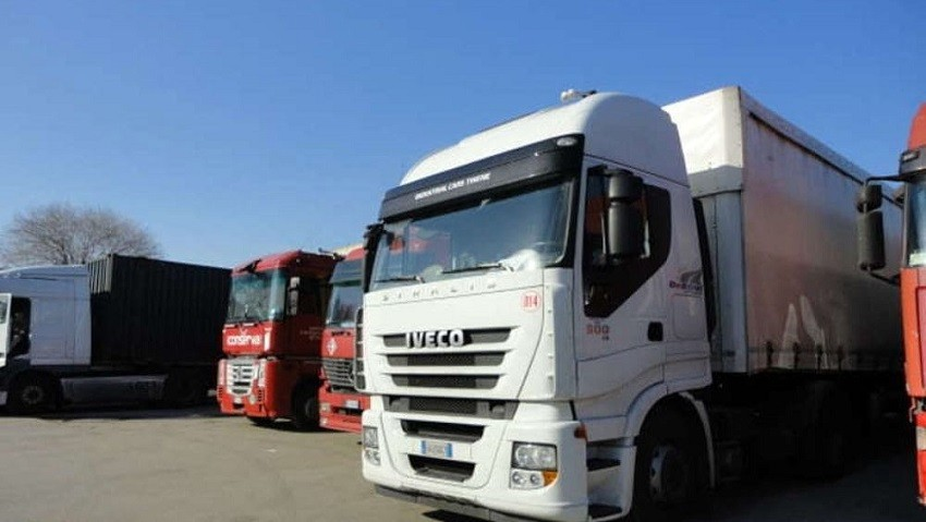 Camion 2 2 2 3
