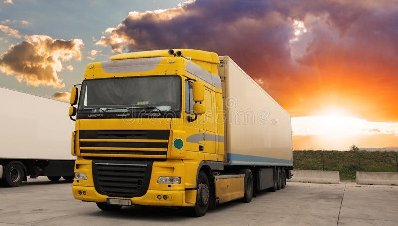 caminhao transporte da carga com sol 49367329 1