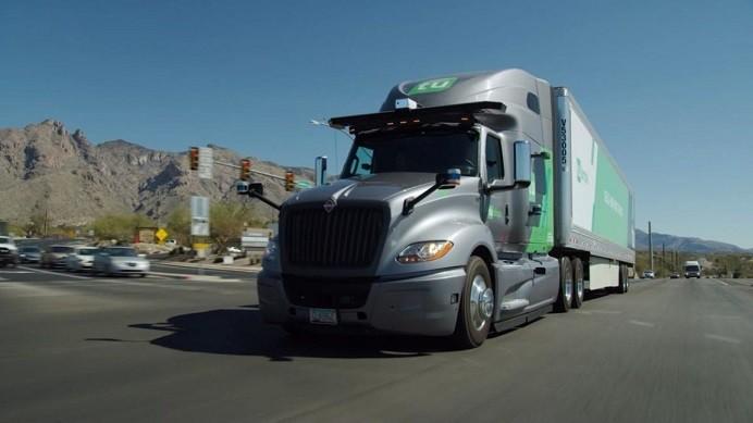camion autonomo conduce rapido humano 2429253 1152x648 1