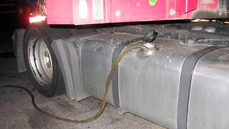 camion furto gasolio 2