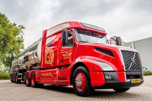 Volvo VNL DEn Hartogh jubilee truck