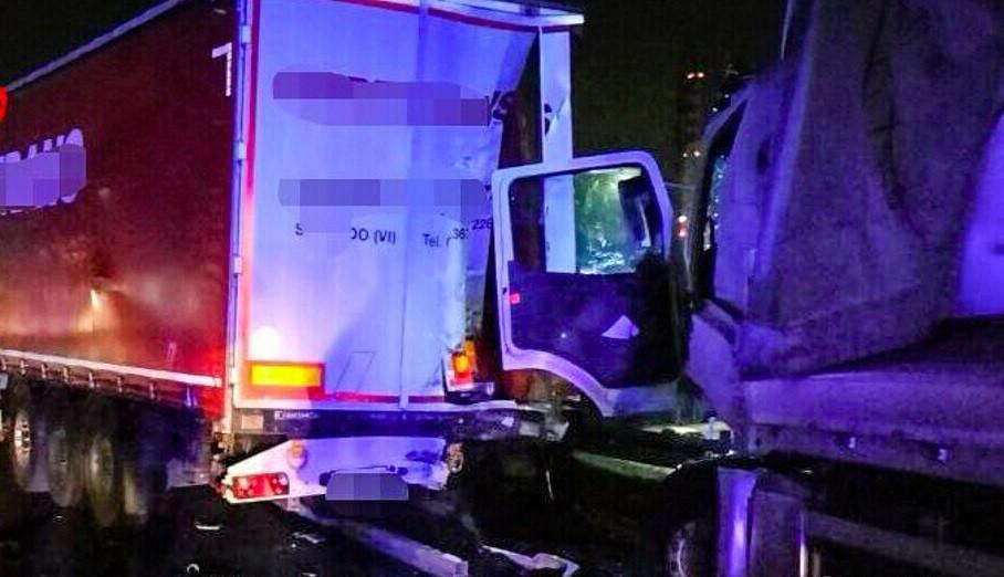 Incidente tra camion in autostrada A4 morto 40enne lunghe code oggi 13 ottobre 2021 2 2